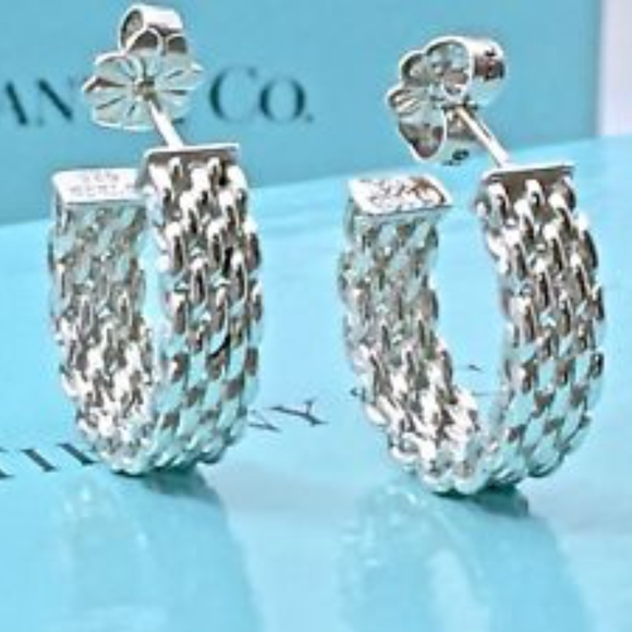 1cab2bba1aba3 ✨TIFFANY & CO Somerset Mesh Hoop Earrings✨